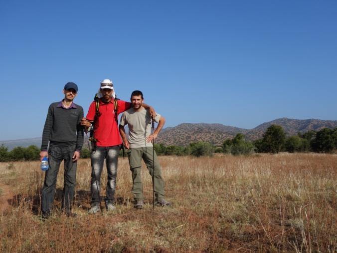 A Amscroud, Abdi et son ami nous font passer l'autauroute